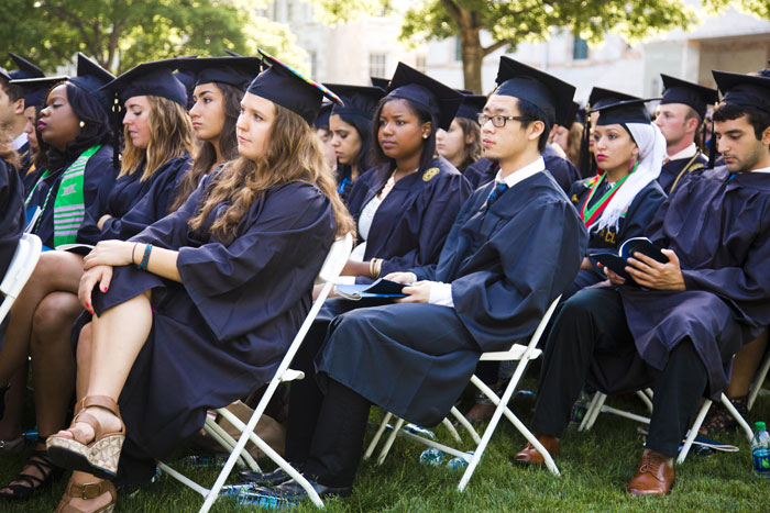 Emory's Class of 2014 represents nearly every state and many nations around the world ¿ some 16 percent are international students ¿ and includes decorated veterans, award-winning student-athletes and graduates over the age of 50.