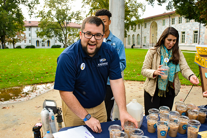 Emory staff greets first generation students with coffee
