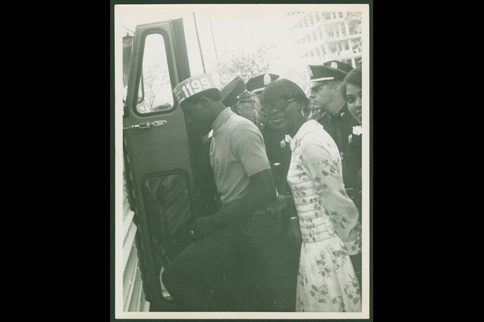 Photograph of protesters being arrested during the Charleston hospital workers strike in South Carolina, 1969