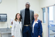 NBA Hall of Famer tours Emory's Serious Communicable Diseases Unit